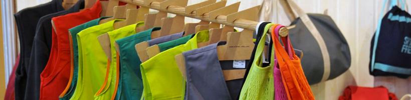 {:fr}Services et équipements pour le magasin{:}{:en}Services and equipment for retail{:}