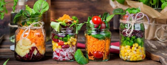bocaux nourriture bio et colorée