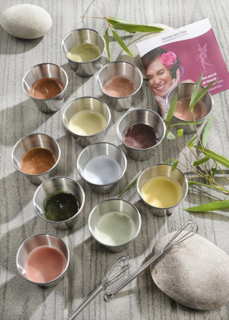Secrets des Fées propose une large gamme de cosmétiques en poudre, à reconstituer soi-même.