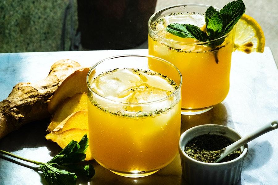 Le kéfir de fruits, une boisson fermentée dynamisante pour l'apéritif